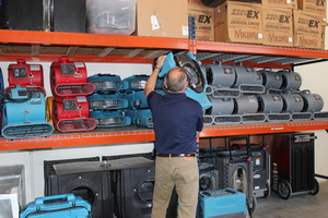 Water Damage Long Beach Technician Prepping Air Movers